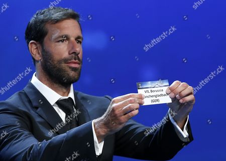 Former Dutch Soccer Player Ruud Van Nistelrooy Draws German Club Vfl Borussia Moenchengladbach During the Uefa Champions League 2016/17 Draw at Grimaldi Forum in Monte Carlo in Monaco 25 August 2016 Gladbach Will Play in Group C with Barcelona Manchester City and Celtic Monaco Monaco