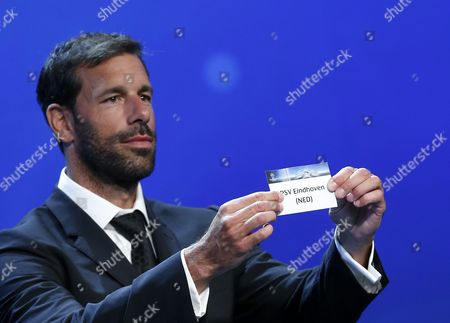 Former Dutch Soccer Player Ruud Van Nistelrooy Draws Dutch Club Psv Eindhoven During the Uefa Champions League 2016/17 Draw at Grimaldi Forum in Monte Carlo in Monaco 25 August 2016 Psv Will Play in Group D with Bayern Munich Atletico Madrid and Rostov Monaco Monaco