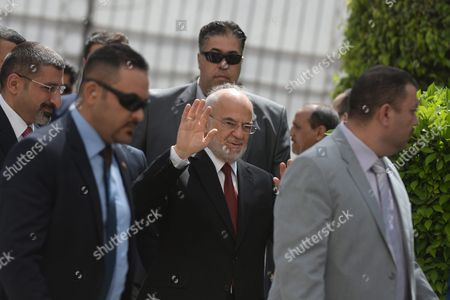 Ibrahim Al-jaafari (c) Foreign Minister of Iraq Arrives to the Arab Foreign Ministers Urgent Meeting Arab League Headquarters in Cairo Egypt 10 March 2016 the Arab Foreign Ministers Will Choose a New Secretary General For the Arab League to Succeed Nabil Elaraby who Will Finish His Term on 30 June 2016 Egypt Cairo