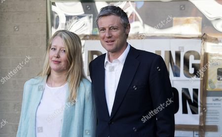 British Conservative Party Candidate For Mayor of London Zac Goldsmith (r) and His Wife Alice Rothschild (l) Arrive at a Polling Station in London Britain 05 May 2016 Londoners Head to the Polls to Elect the Successor to London's Current Mayor Boris Johnson United Kingdom London