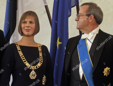 Estonia's New President Kersti Kaljulaid (l) Poses with the Presidential Insignia Which Were Handed Over by Her Predecessor Toomas Hendrik Ilves (r) During Her Inauguration Ceremony at the Parliament in Tallinn Estonia 10 October 2016 the Estonian 'Riigikogu' Parliament in Tallinn on 03 October 2016 Had Elected the Former Member of the European Court of Auditors with 81 out of 101 Votes As the Country's First Female President Estonia Tallinn