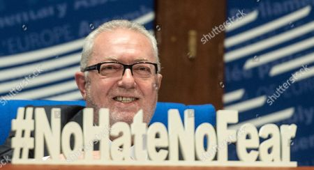President of the Council of Europe (pace) Pedro Agramunt Shows a Sign with '#nohatenofear' in Strasbourg France 20 June 2016 with This Initiative the Council of Europe Wish to to Encourage All Players in Society to Stand Firm Against the Terrorist Threat by Refusing to Give in to Hatred Or Fear France Strasbourg
