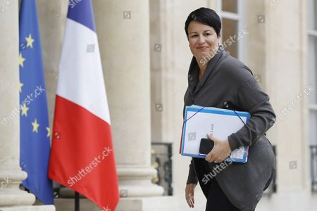 French Junior Minister For Local Authorities Estelle Grelier Arrives at the Elysee Palace After a Cabinet Meeting in Paris France 03 August 2016 France Paris