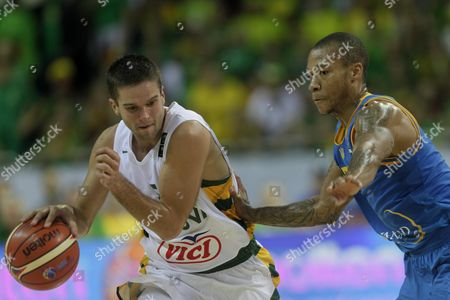 Mantas Kalnietis (l) of Lithuania and Jerome Randle of Ukraine in Action During the Eurobasket 2015 Match Between Lithuania and Ukraine in Riga Latvia 05 September 2015 Latvia Riga