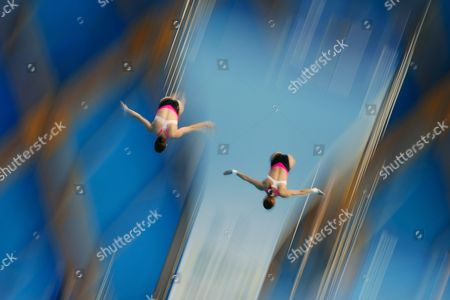 Mexican Divers Paola Espinosa Sanchez and Alejandra Orozco Loza Perform in the Women's 10m Synchro Platform Preliminary Round at the 16th Fina Swimming World Championships in Kazan Russia 27 July 2015 Russian Federation Kazan