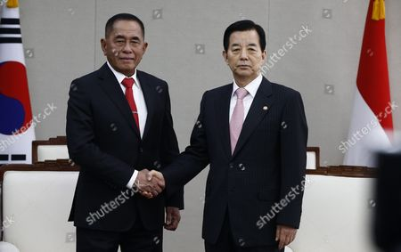 Indonesian Defense Minister General Ryamizard Ryacudu (l) and South Korean Defense Minister Han Min-goo (r) Shake Hands Prior Their Meeting at the Headquarters of the Defense Ministry in Seoul South Korea 23 March 2016 Indonesian Defense Minister General Ryamizard Ryacudu Arrived in Seoul to Strengthen Bilateral Defense Cooperation Korea, Republic of Seoul