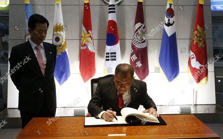 Editorial photo of South Korea Indonesia Diplomacy - Mar 2016