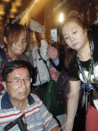 Taiwan's Former President Chen Shui-bian (l Seated) on Medical Parole While Serving a 17-and-a-half-year Jail Term For Corruption Makes His First Public Appearance by Attending a Fund-raising Dinner Party in Taipei Taiwan 04 June 2016 Others Are not Identified Chen was President From 2000 Until 2008 and Supported Taiwan's Independence Chen's Supporters Are Urging President Tsai Ing-wen Chairwoman of the Pro-independence Democratic Progressive Party to Pardon Chen Taiwan Taipei