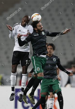 Besiktas' Atiba Hutchinson (l) Fights For Ball Against Sporting Lisbon's Alberto Aquilani (r) During the Uefa Europa League Group H Soccer Match in Istanbul Turkey 01 October 2015 Turkey Istanbul