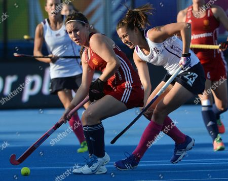 Stock Image of England's Laura Unsworth (l) Fights For the Ball with Scotland's Emily Maguire (r) During the Eurohockey 2015 Women's Match Between England and Scotland at the Lee Valley Hockey Centre Queen Elizabeth Olympic Park in London Britain 22 August 2015 United Kingdom London