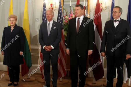 Latvian President Raimonds Vejonis (2-r) and Us Vice President Joe Biden (2-l) Lithuanian President Dalia Grybauskaite (l) and Estonian President Toomas Hendrik Ilves (r) During a Press Conference After Their Meeting in Riga Latvia 23 August 2016 Latvia Riga
