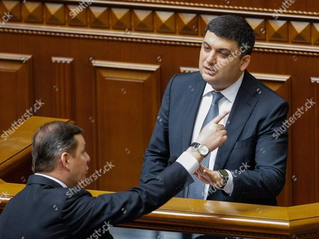 Newly Elected Ukrainian Prime Minister Volodymyr Groysman (r) Argues with the Leader of the Ukrainian Radical Party Oleg Lyashko (l) During a Session of Ukrainian Parliament in Kiev Ukraine 14 April 2016 the Ukrainian Parliament on 14 April 2016 Appointed Parliament Speaker Volodymyr Groysman to the Post of the Prime Minister of Ukraine After Dismissing Arseniy Yatsenyuk From His Post a Majority of the Ukrainian Lawmakers Earlier Had Accused Yatsenyuk of Being Unable to Combat Corruption and to Introduce Structural Reforms Demanded by the International Community Ukraine Kiev