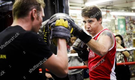 Canadian Prime Minister Justin Trudeau (r) Spars with Yuri Foreman (l) During a Work out at Gleason's Gym in Brooklyn New York Usa 21 April 2016 Trudeau is in New York to Participate in the Formal Signing of the Paris Climate Agreement on 22 April at the United Nations United States Brooklyn