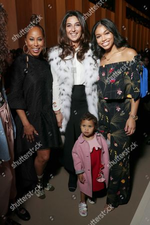Marjorie Harvey and family in the front row