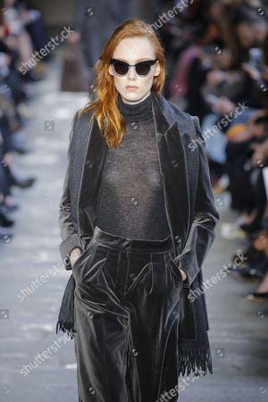 Magdalena Jasek on the catwalk