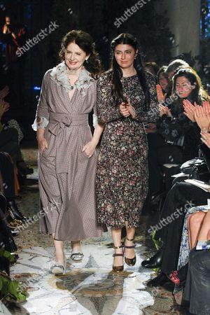 Stock Photo of Luisa Beccaria and Lucilla Bonaccorsi on the catwalk