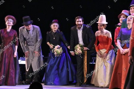 Penny Fuller, Robert Sean Leonard, Annaleigh Ashford, Jake Gyllenhaal and Erin Davie