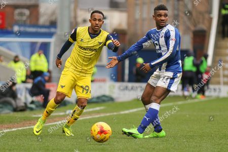 Oxford United striker Robert Hall keeps his eyes on the ball during the EFL Sky Bet League 1 match between Chesterfield and Oxford United at the Proact stadium, Chesterfield