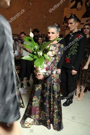 Benedetta Barzini backstage