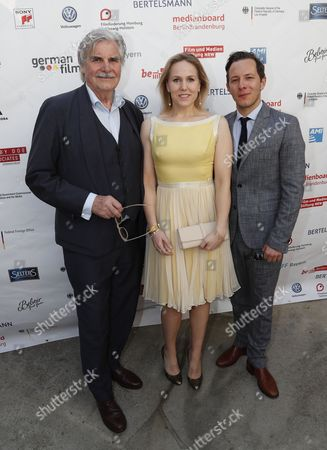 German actor Trystan Putter (R) , Dutch actress Hadewych Minis (C) and Austrian actor Peter Simonischek (L) from the Oscar-nominated movie 'Toni Erdmann' pose at the Oscar reception for German Oscar nominees at the Villa Aurora in Pacific Palisades, California, USA, 25 February 2017.The Academy Awards, also known as the Oscars, will take place in Hollywood on 26 February 2017.