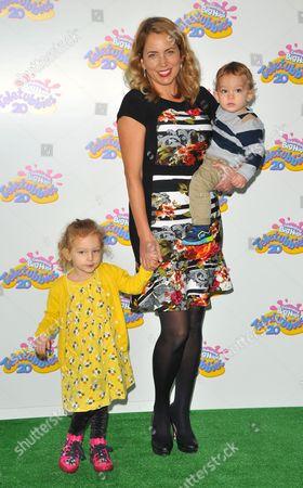 Jasmine Harman and children