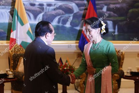 Stock Picture of Aung San Suu Kyi and Hor Namhong