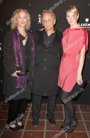 Stock Photo of Diane Venora, Robert Chimento and Annie Burgstede