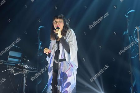Stock Image of Mesparrow, Marion Gaume performing