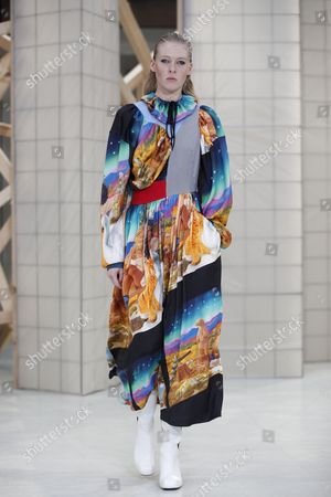 A model presents a creation from the Fall/Winter 2017/18 Ready to Wear collection by Finnish designer Tuomas Merikoski for Aalto fashion house during the Paris Fashion Week, in Paris, France, 28 February 2017. The presentation of the women?s ready to wear collections runs from 28 February to 07 March.