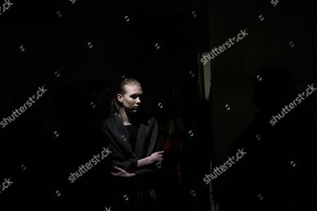A model waits during a rehearsal prior to the presentation of the Fall/Winter 2017/18 Ready to Wear collection by Finnish designer Tuomas Merikoski for Aalto fashion house during the Paris Fashion Week, in Paris, France, 28 February 2017. The presentation of the women?s ready to wear collections runs from 28 February to 07 March.