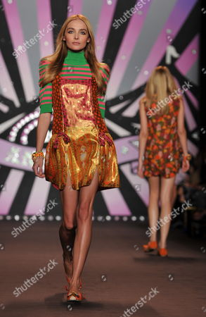 Stock Photo of Ukrainian Model Snejana Onopka Walks on the Runway During the Spring 2010 Showing of Anna Sui in New York Usa 16 September 2009 New York Fashion Week Runs September 10-17 United States New York
