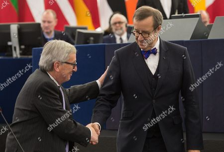 Toomas Hendrik Ilves (r) President of Estonia Handshakes with Jean-claude Juncker (l) President of the European Commission Before His Speech in the European Parliament in Strasbourg France 02 February 2016 France Strasbourg
