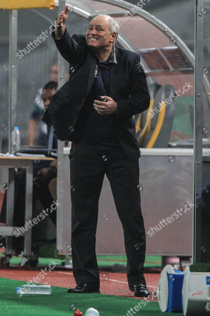 Al Ahlys Dutch Head Coach Martin Jol Reacts During the Caf Champions League Group Stages Between Al Ahly and Asec Mimosas at Borg Al Arab Stadium in Alexandria Egypt 28 June 2016 Egypt Alexandria