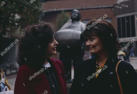 Naomi Lewis (as Elsa Feldmann) and Kate Dove (as Elizabeth Pollard) as Elizabeth meets Elsa in Leeds to discuss Alice, urging her to re-establish contact with her daughter (Ep 1817 - 16th November 1993)