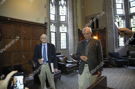 Economics Professor From Princeton University Christopher Sims (r) and Professor Thomas J Sargent of New York University Attend a Reception After a Press Conference at Princeton University in Princeton New Jersey Usa 10 October 2011 Sims and Sargent Were Awarded the 2011 Sveriges Riksbank Prize in Economic Sciences in Memory of Alfred Nobel For Their Research Which Looked at the Cause-and-effect Relationship Between Economic Policy and the Broader Economy United States Princeton