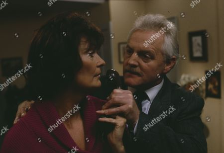 Editorial photo of 'Emmerdale' TV Series - 25 Nov 1993