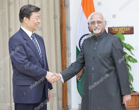 Chinese Vice President Li Yuanchao (l) and Indian Vice President Mohammad Hamid Ansari Prior to a Meeting in New Delhi India 06 November 2015 Chinese Vice President Li Yuanchao is in India on a State Visit to Strengthen the Political and Bilateral Ties Between the Two Countries and Scheduled to Meet Top Indian Politicians India New Delhi