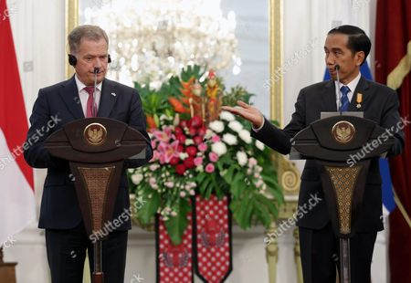 Stock Photo of Finnish President Sauli Vainamo Niinisto (l) and the Indonesian President Joko Widodo (r) Hold a Joint Press Conference at the State Palace in Jakarta Indonesia 03 November 2015 Niinisto is on a Two Day State Visit to Indonesia to Stengthen Bilateral Ties Between the Two Nations Indonesia Jakarta