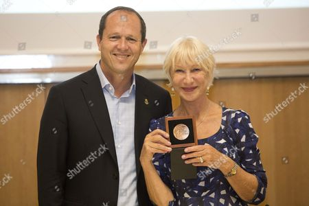 Jerusalem Mayor Nir Barkat (l) Grants British Actress Helen Mirren with the 'Jerusalem of Gold' Medal For Arts and Humanities Excellence at His Office in Jerusalem Israel 22 June 2016 Helen Mirren Came to Israel to Award the Israeli-us Violinist Itzhak Perlman with One Million Us Dollar 'Genesis Prize' to Be Held in Jerusalem on 23 June Israel Jerusalem