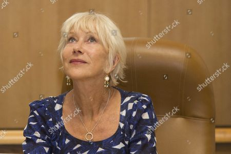 British Actress Helen Mirren During a Ceremony in Which Jerusalem Mayor Nir Barkat Grants Her with the 'Jerusalem of Gold Medal' For Arts and Humanities Excellence at His Office in Jerusalem Israel 22 June 2016 Helen Mirren Came to Israel to Award the Israeli-us Violinist Itzhak Perlman with One Million Us Dollar 'Genesis Prize' to Be Held in Jerusalem on 23 June Israel Jerusalem