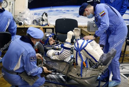 Member of Main Crew Expedition 47/48 to International Space Station (iss) Us Astronaut Jeffrey Williams Tests His Space Suit During the Pre-launch Preparations at the Baikonur Cosmodrome in Kazakhstan 18 March 2016 the Crew is Set to Take Off From Kazakhstan's Baikonur Cosmodrome to the International Space Station (iss) on 19 March 2016 Kazakhstan Baikonur