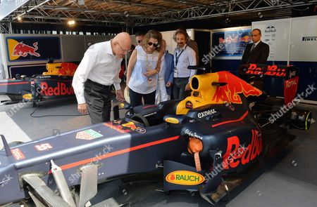 Lebanese Prime Minister Tammam Salam (l) with His Wife Lama (2-l) Visit the Formula 1 Car Preparations Site During the First Round of Beirut Cultural Festival in Beirut Lebanon 22 May 2016 the Formula 1 Show Will Be Held at Beirut Water Front on 22 May by Spanish Car Racer Carlos Junior the Festival Runs From 17 to 22 May Lebanon Beirut