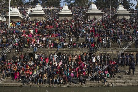 Nepalese Gather to Pay Their Last Tribute to Late Nepalese Prime Minister Sushil Koirala at Pashupati Cremation Center in Kathmandu Nepal 10 February 2016 Former Prime Minister and Nepali Congress President Sushil Koirala Passed Away on 09 February 2016 at the Age of 76 Succumbing to Pneumonia According to Local News Reports Nepal Kathmandu