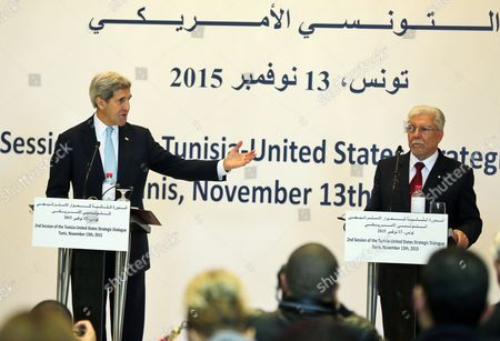 Us Secretary of State John Kerry (l) Speaks During a Joint Press Conference with His Tunisia Counterpart Taieb Baccouche (r) in Tunis Tunisia 13 November 2015 Kerry is in Tunisia to Take Part in Talks with the Wide Raging Tunisian National Dialogue Quartet to Look at Ways of Improving Political and Economic Ties with the Small North African Nation Tunisia Tunis