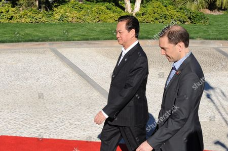 Vietnamese Prime Minister Nguyen Tan Dung (l) is Escorted by White House Chief of Protocol Peter Selfridge to a Meeting on the Second Day of the Us-asean Summit at Sunnylands in Rancho Mirage California Usa 16 February 2016 the Two Days of Talks with the Association of South-east Asian Nations (asean) Are the First of Their Kind to Be Held on Us Soil and Illustrate the Nations' Role As a 'Hub' Within the Region Also on the Agenda Are Climate Change Combating Pandemic Diseases Good Governance and the Importance of Democratic Reforms Epa/ned Redway United States Rancho Mirage