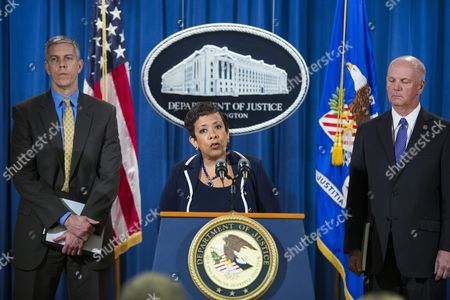 Us Attorney General Loretta Lynch (c) Flanked by Us Secretary of Education Arne Duncan (l) and Us Attorney David J Hickton (r) of the Western District of Pennsylvania and Iowa Attorney General Tom Miller Holds a Press Conference to Announce a Federal and State Civil Litigation Settlement Against the For-profit College Chain Education Management Corporation at the Department of Justice in Washington Dc Usa 16 November 2015 Education Management Corporation Will Pay $90 Million (84 Million Euros) For Reportedly Violating Federal Law by Compensating Recruiters Based on Their Enrollment Numbers United States Washington