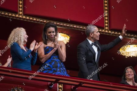 Us President Barack Obama (r) and First Lady Michelle Obama (c) Attend the Kennedy Center Honors at the Kennedy Center in Washington Dc Usa 06 December 2015 the 2015 Honorees Are: Us Singer-songwriter Carole King Us Filmmaker George Lucas Puerto Rican Actress and Singer Rita Moreno Japanese Conductor Seiji Ozawa and Us Actress and Broadway Star Cicely Tyson United States Washington