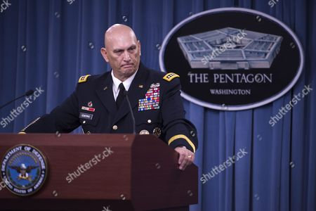 Stock Photo of The 38th Us Army Chief of Staff General Ray Odierno Responds to a Question During a Press Conference at the Pentagon in Arlington Virginia Usa 12 August 2015 During His Final Press Conference General Odierno Reflected on His Tenure As Army Chief of Staff and on Challenges Facing the Army United States Arlington