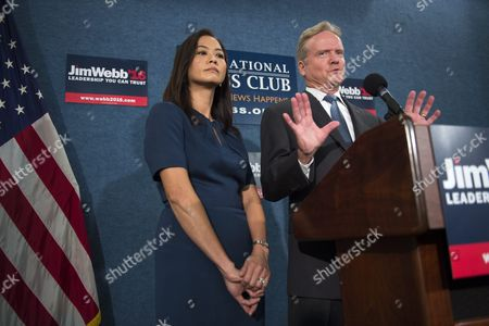 Us Democratic Presidential Candidate Former Senator From Virginia Jim Webb with His Wife Hong Le Webb Announces He Will No Longer Be Participating in Or Seeking the Democratic Nomination During a Press Conference in Washington Dc Usa 20 October 2015 Webb Did not Rule out a Run For President As an Independent Candidate and Said That He Will Be Talking to People From Across the Political Spectrum in the Next Few Weeks As He Makes His Decision United States Washington
