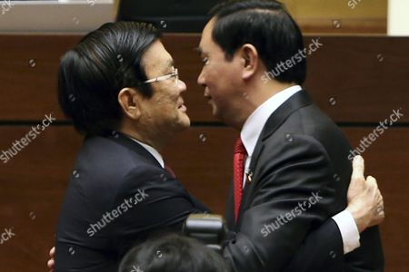New Elected President of Vietnam Tran Dai Quang (r) Hugs Vietnam's Former President Truong Tan Sang (l) in Hanoi Vietnam 02 April 2016 According to Local Media General Quang Minister of Public Ministry Since 2011 Won 91 5 Per Cent of the Votes in a Secret Ballot Election Held by the National Assembly to Become the State President Viet Nam Hanoi